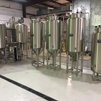 Commercial Brewing Tanks